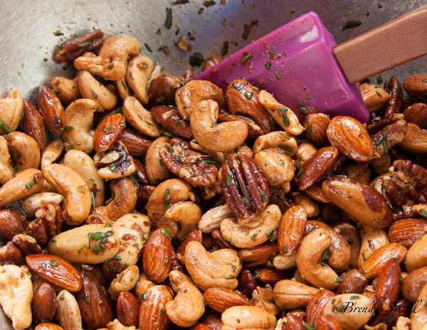 These nuts are fabulous with cocktails or just for snacking!