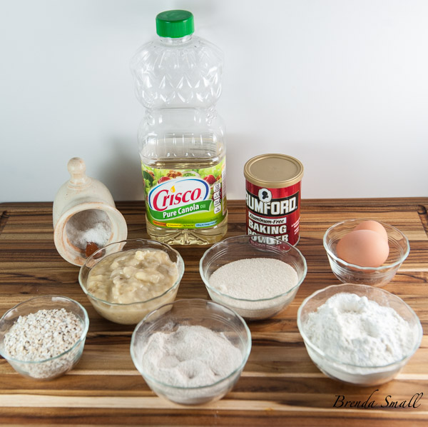 These are the ingredients you will need for the Banana Blueberry Bread.