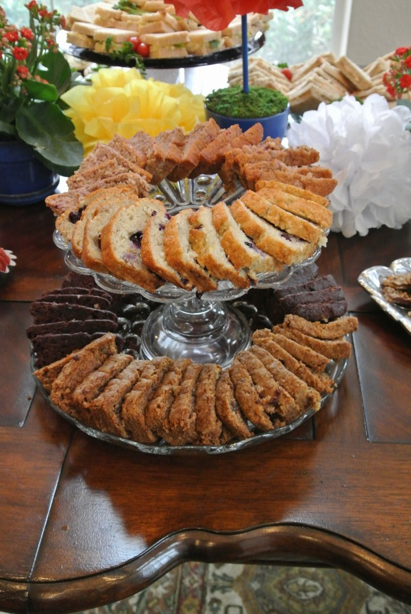 The quick breads served on a tiered serving tray.